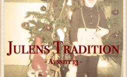 Framför julgranen i Åsele som barn. Magi!